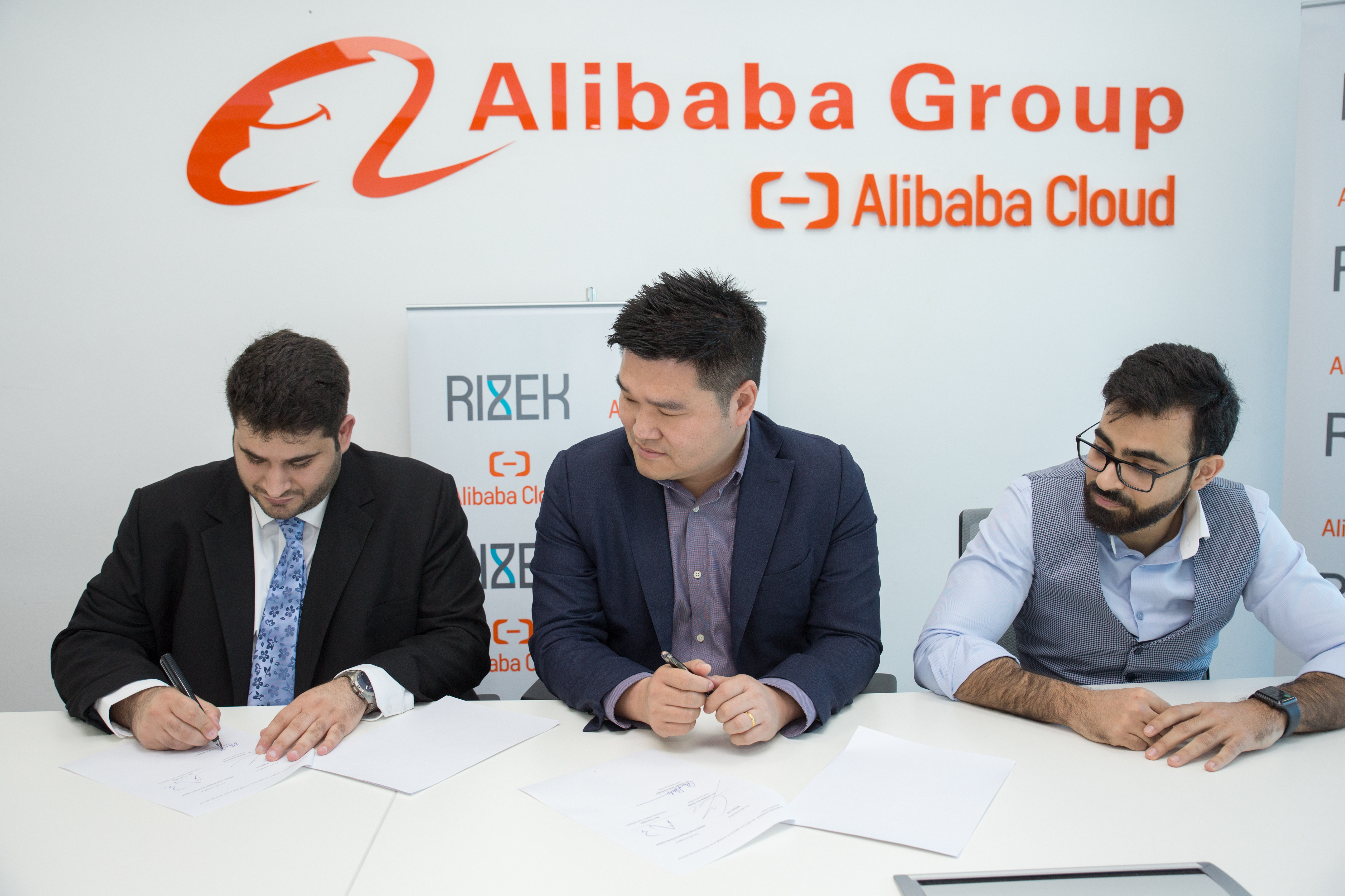 5 UAE-Based Companies That Have Inked Partnerships With Chinese Firms