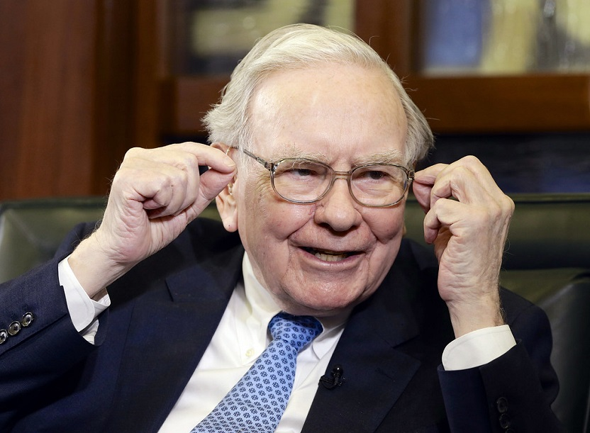 Warren Buffett, Down $4.3B In A Day, Was Right To Downplay Berkshire's Apple Gains