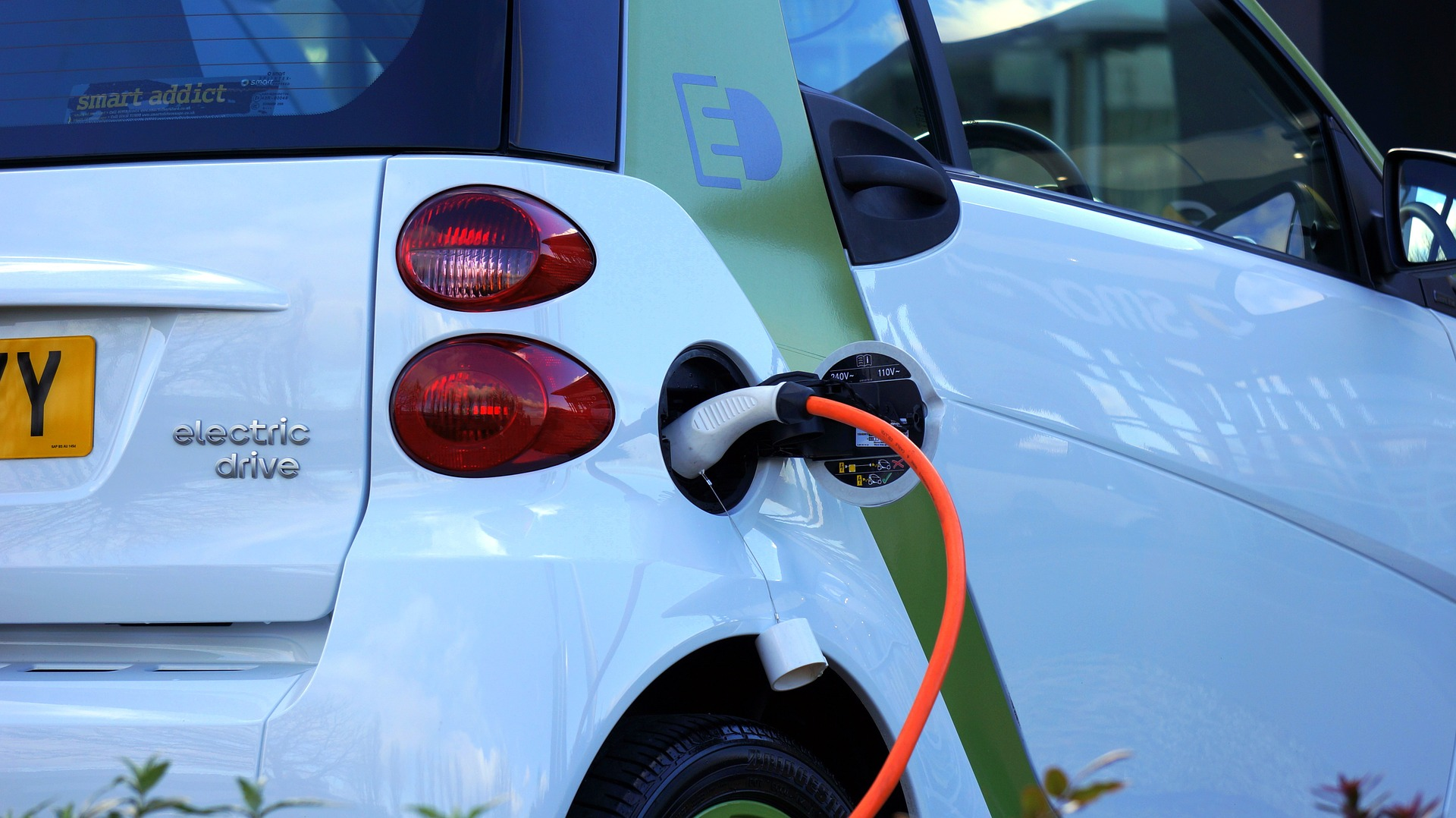 Creating the Right Environment for Electric Vehicles