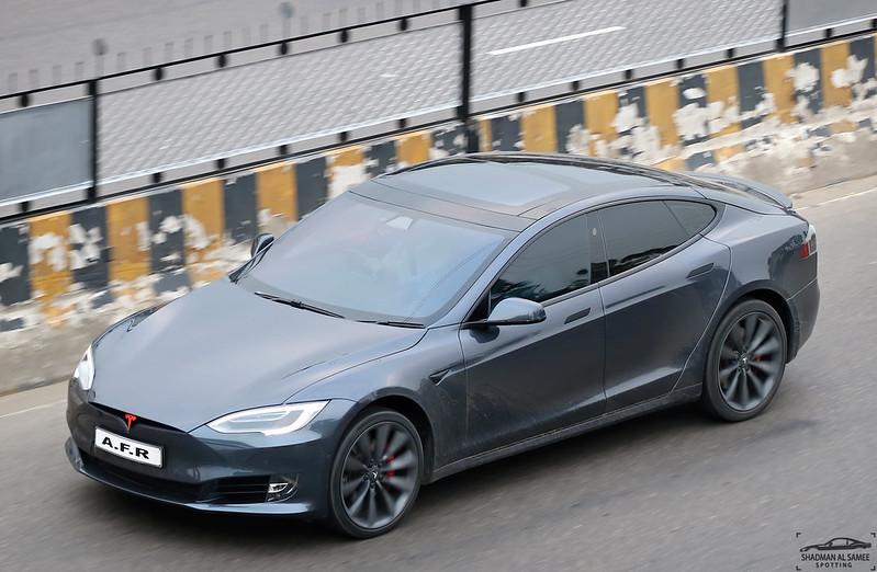 Tesla 'Smart Summon' Draws Scrutiny From U.S. Auto Safety Regulator After Parking Lot Mishaps