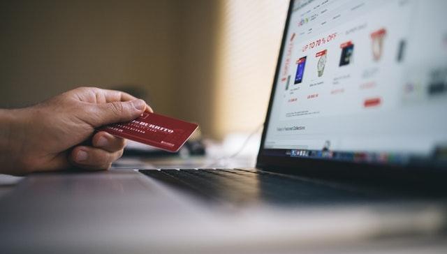 قانون كاليفورنيا الجديد يستهدف الشركات التي تبيع بيانات المستخدمين