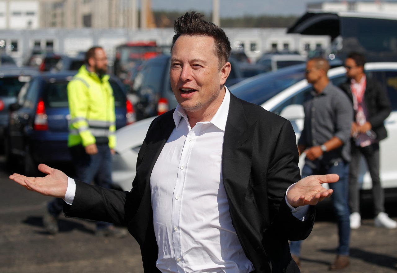 Tesla CEO Elon Musk Joined VW Executive Conference As 'Surprise Guest': Here's Why