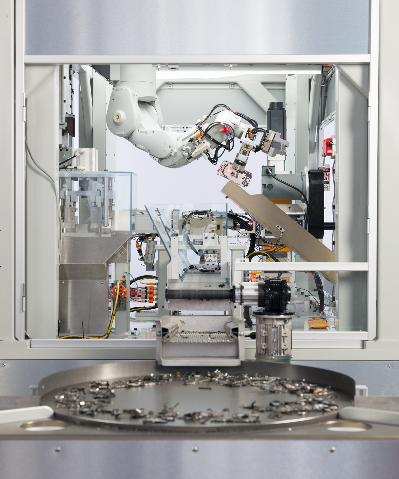 Apple Boosts Recycling Efforts With 'Daisy' Robot