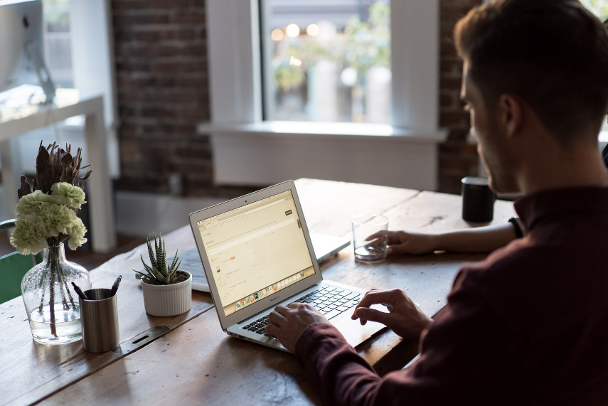Working Remotely? Save Money With These 6 Energy-Saving Hacks