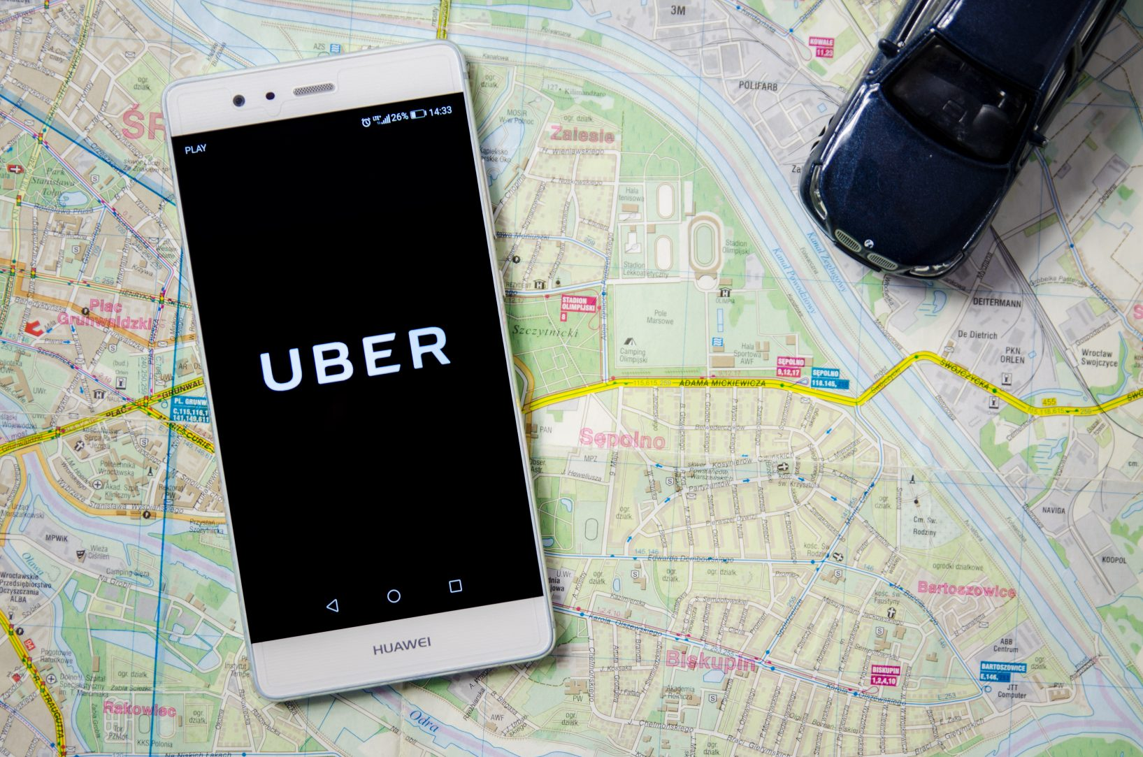 Uber Lets Go Of Southeast Asia Ops To Its Rival Grab