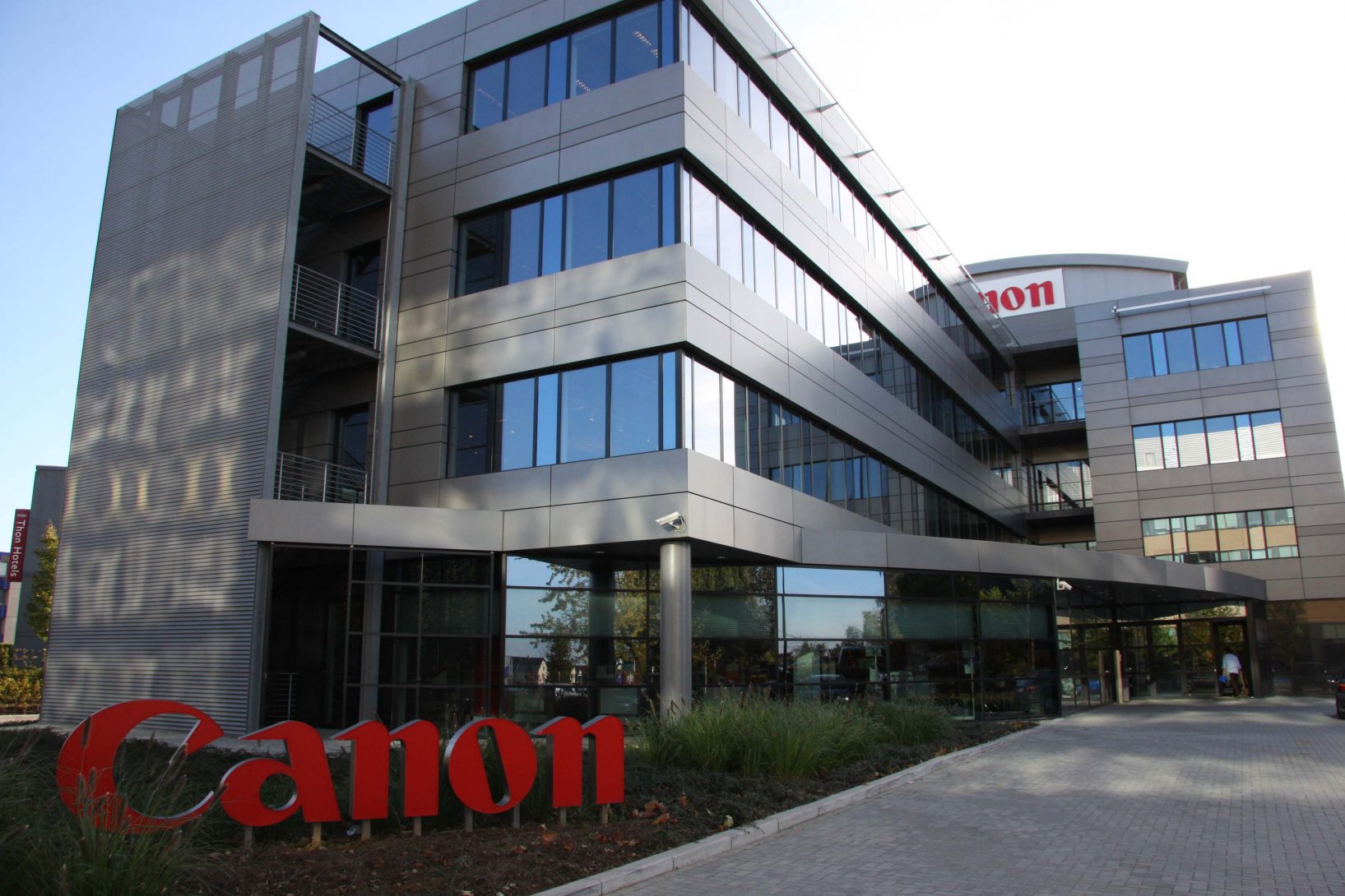 Canon Middle East Launches Operations In Saudi Arabia, Aims To Have 300 Employees By 2020