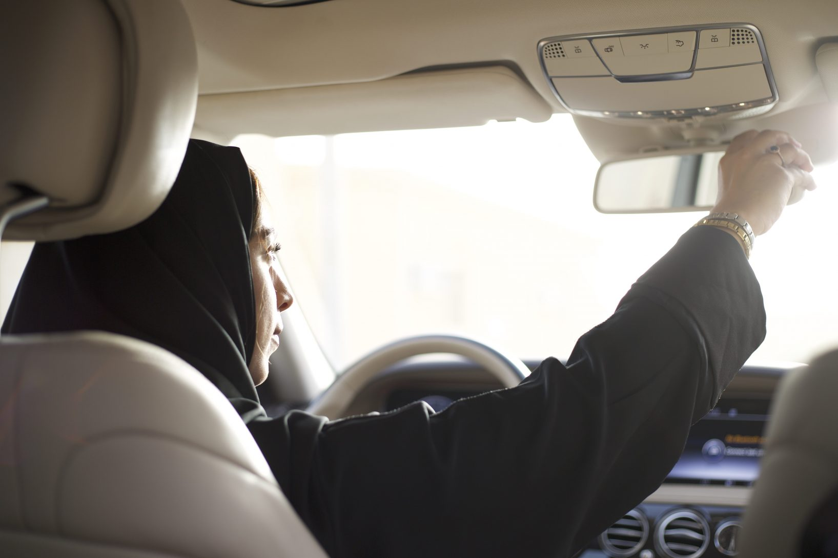 uber to pilot unique feature designed for women drivers in saudi arabia 1635x1090