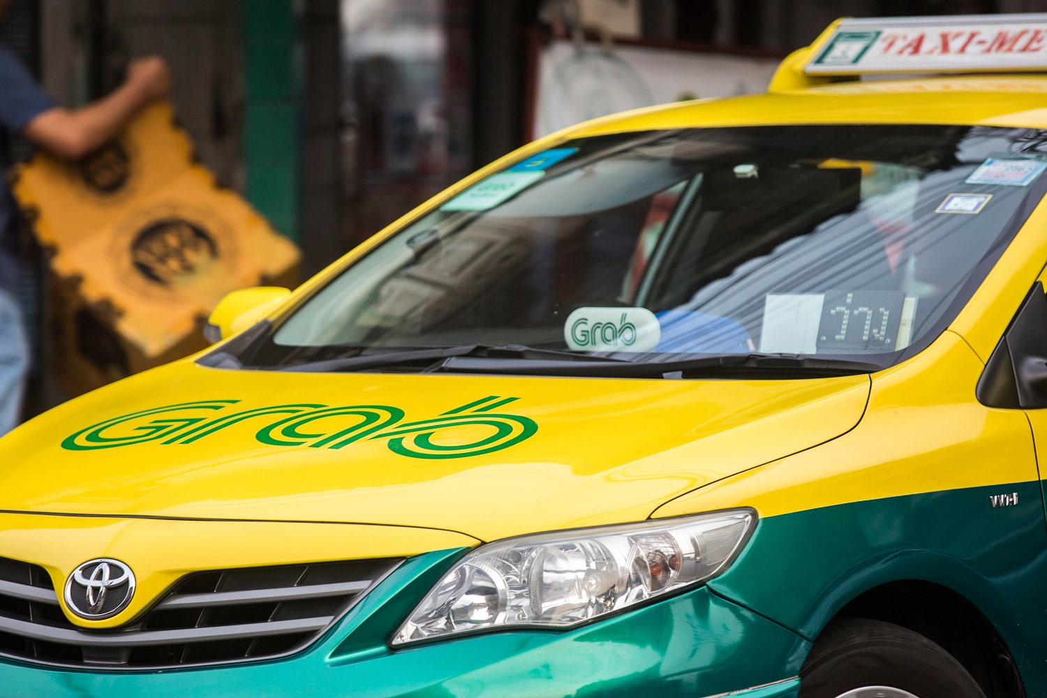 Toyota Injects Record $1 Billion In Southeast Asia's Ride-hailing Giant Grab